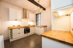 Kitchen - Gemini Properties - 7 Severnside Stourport
