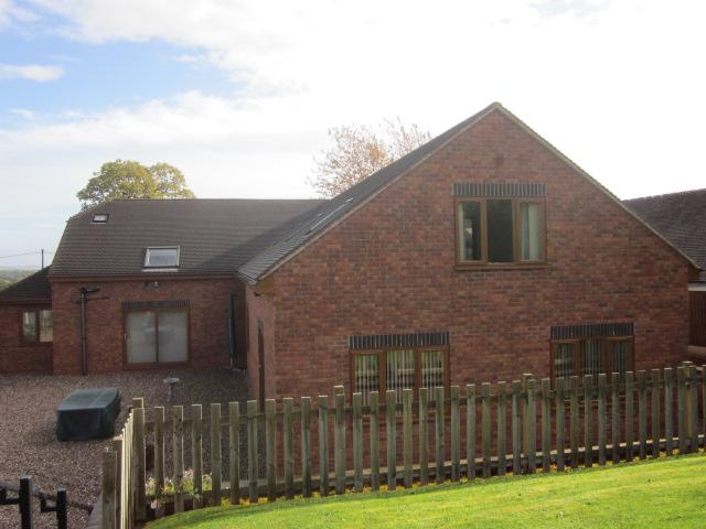 Oak Tree House 3
